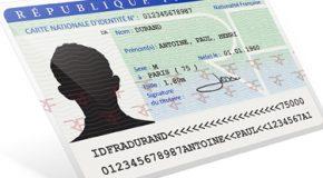 Peut-on voyager avec une carte d'identité de plus de 10 ans ?